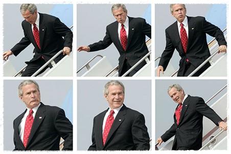 Буш выходит из самолета